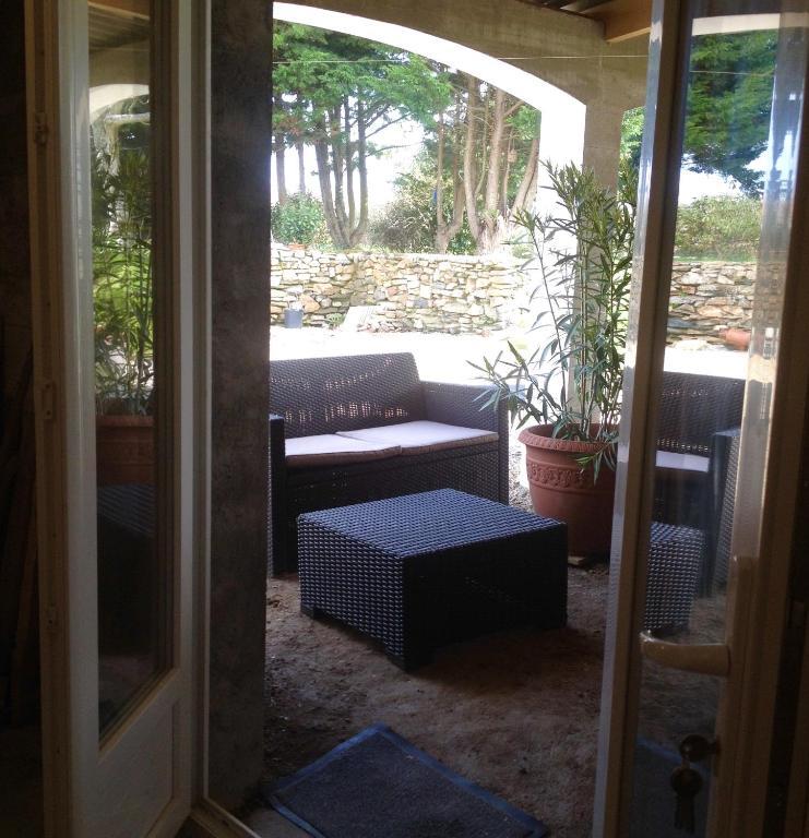 chambre d 39 h tes une maison blanche chambre d 39 h tes olonne sur mer en vend e 85. Black Bedroom Furniture Sets. Home Design Ideas