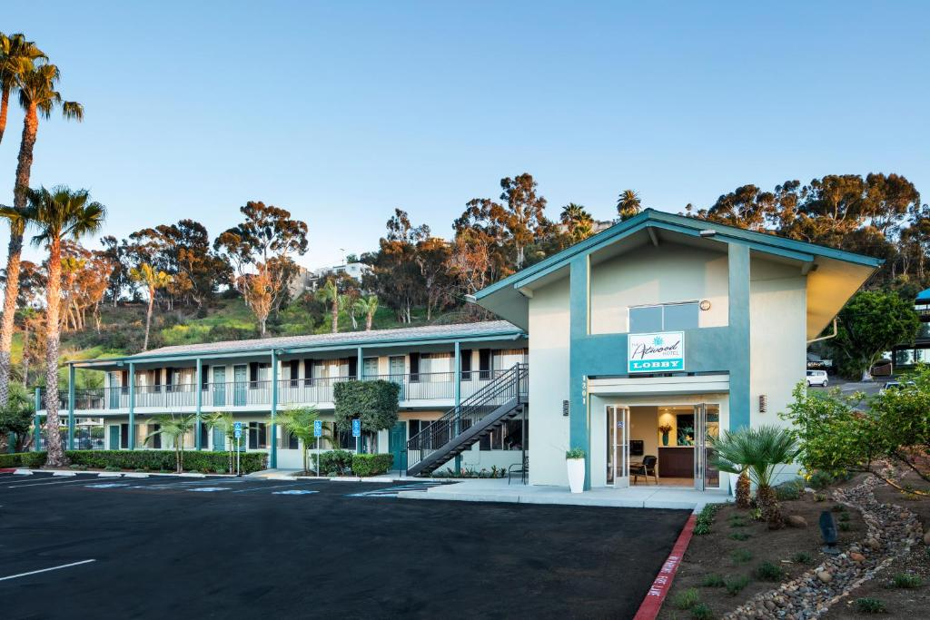 The Atwood Hotel San Diego Seaworld Zoo R 233 Servation