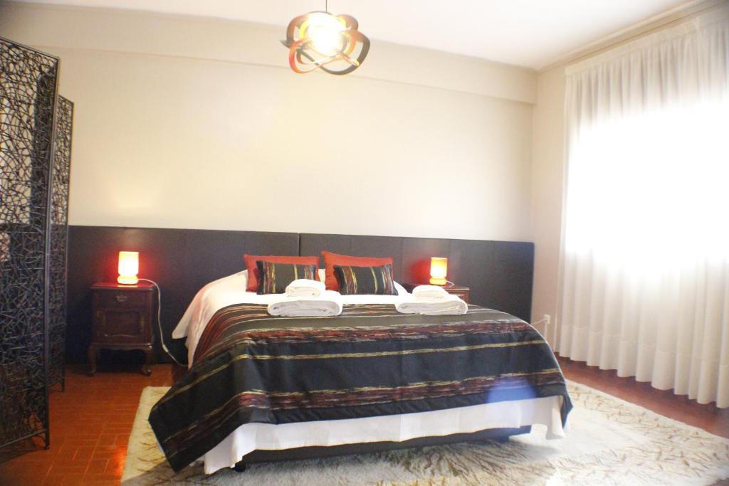 chambres d 39 h tes sevenhouse chambres d 39 h tes porto portugal. Black Bedroom Furniture Sets. Home Design Ideas