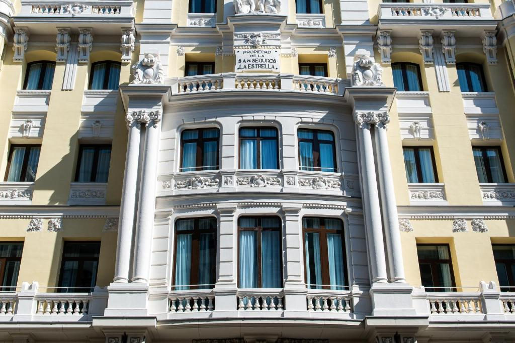 Vincci the mint madrid online booking viamichelin for Booking madrid hotel