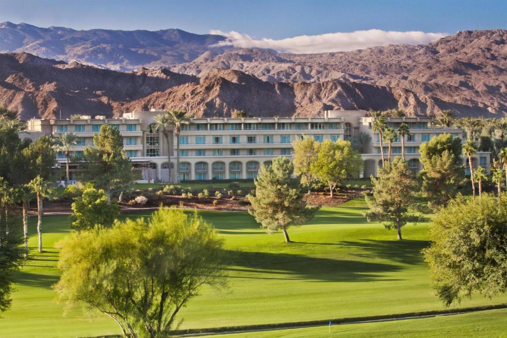 Indian Wells Golf Course Restaurant