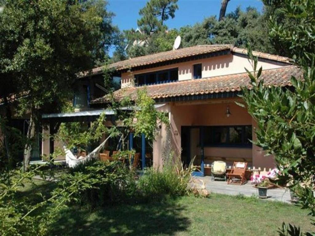 Villa emplacement id al 2 villa saint palais sur mer for Hotel appart royan