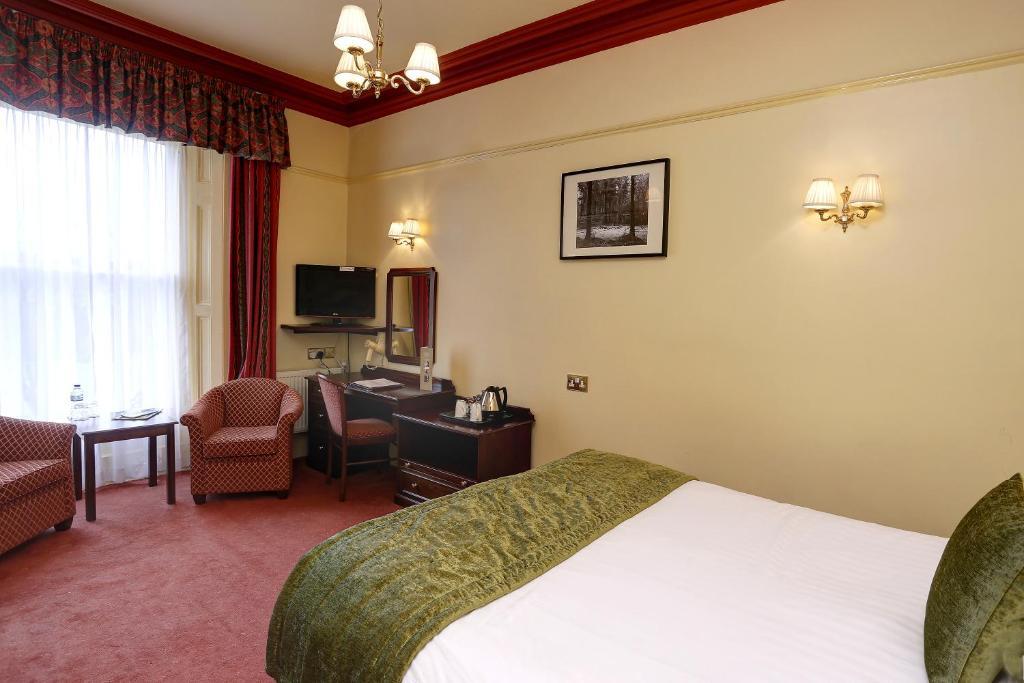 Best western lee wood hotel buxton informationen und for Best western lee s motor inn