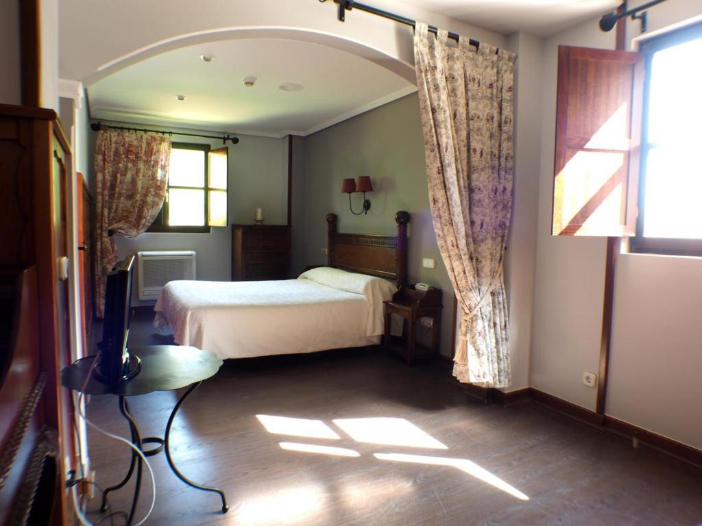 Hotel comillas r servation gratuite sur viamichelin - Apartamentos club condal comillas ...