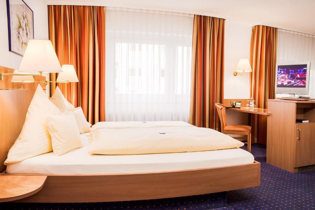 Hotels In Pfullingen Deutschland