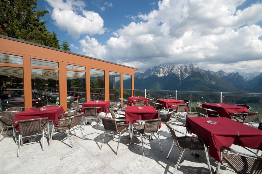 Alpenhotel ratsberg dobbiaco prenotazione on line - Hotel dobbiaco con piscina ...
