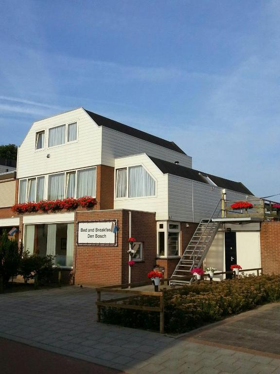 Chambres d 39 h tes bed and breakfast den bosch chambres d 39 h tes bois le duc - Chambre d hote bar le duc ...