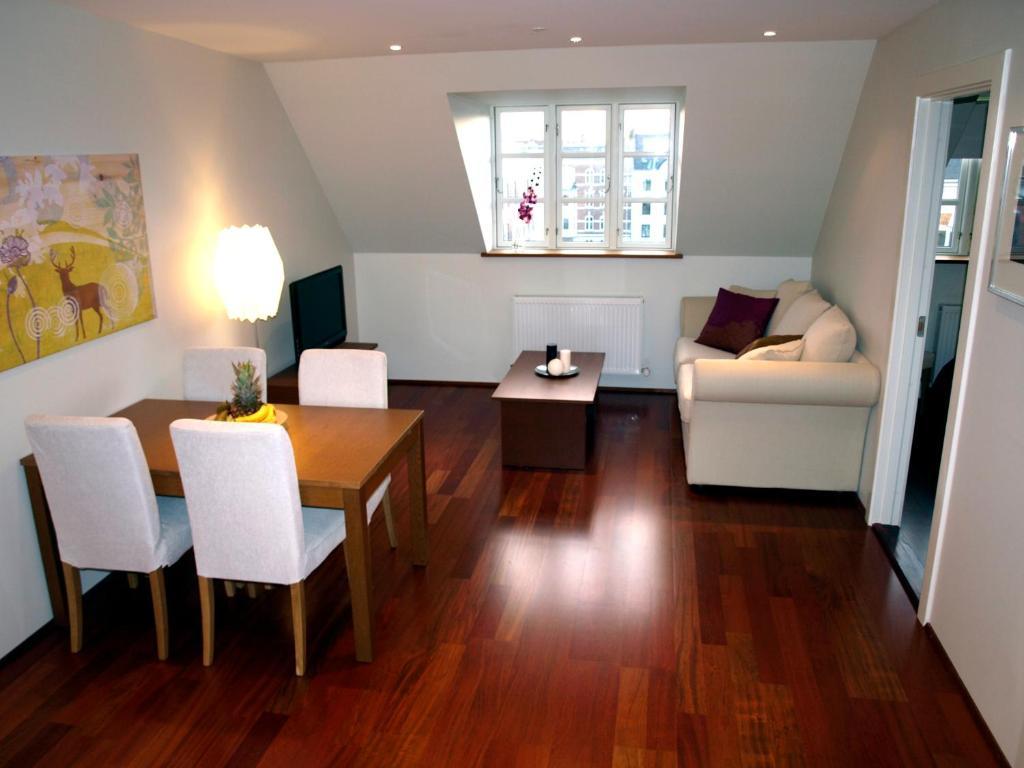copenhagen apartments d nemark kopenhagen. Black Bedroom Furniture Sets. Home Design Ideas