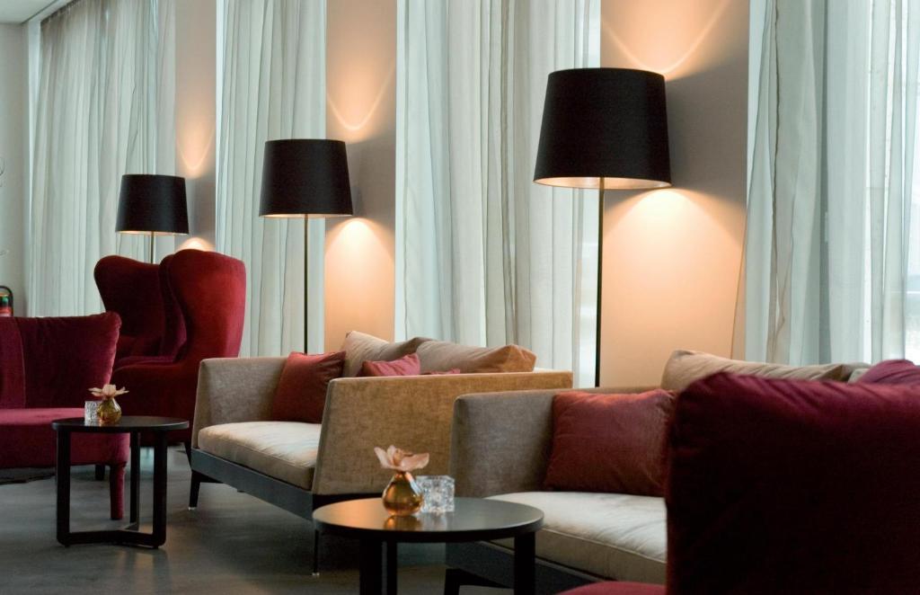 cosmo hotel berlin mitte berlin book your hotel with viamichelin. Black Bedroom Furniture Sets. Home Design Ideas