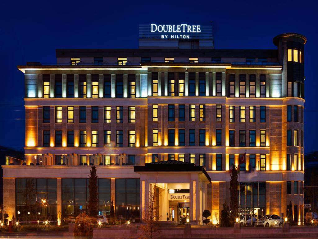 doubletree by hilton van edremit book your hotel with. Black Bedroom Furniture Sets. Home Design Ideas