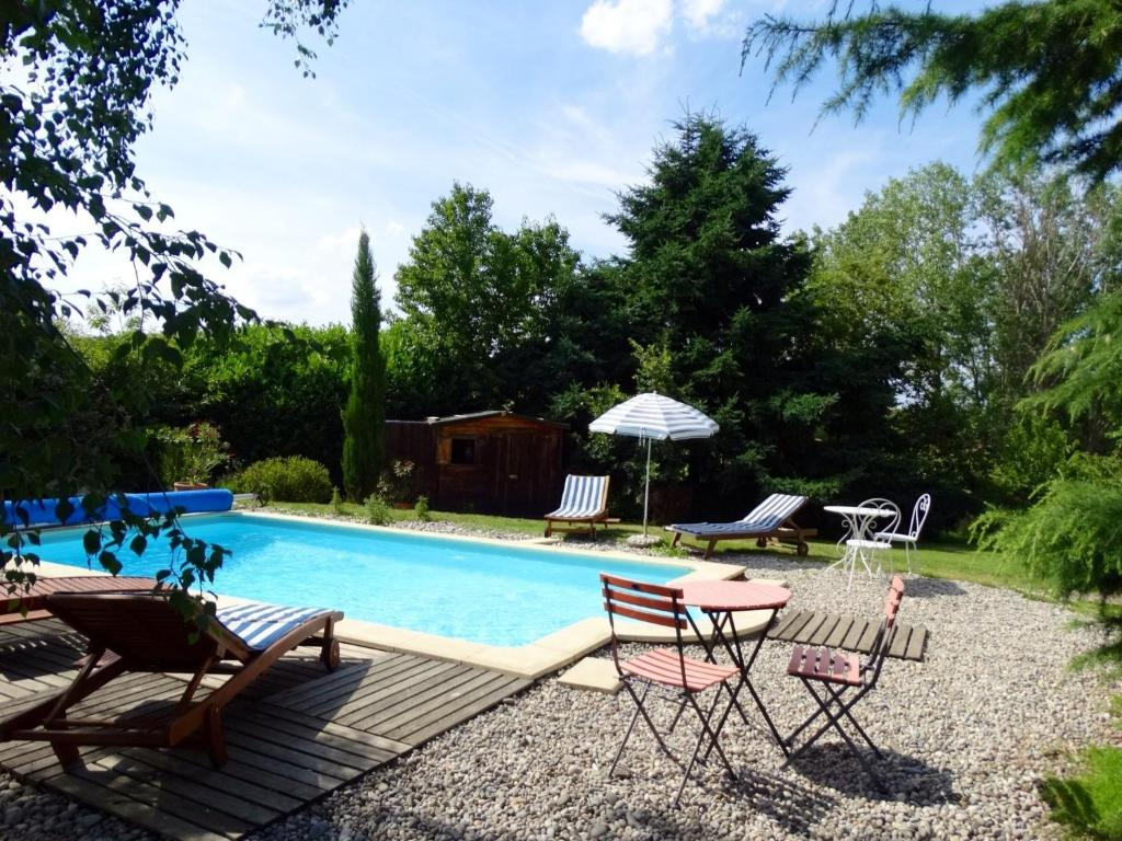 Yourte d 39 ard che avec piscine priv e locations de for Ardeche hotel avec piscine
