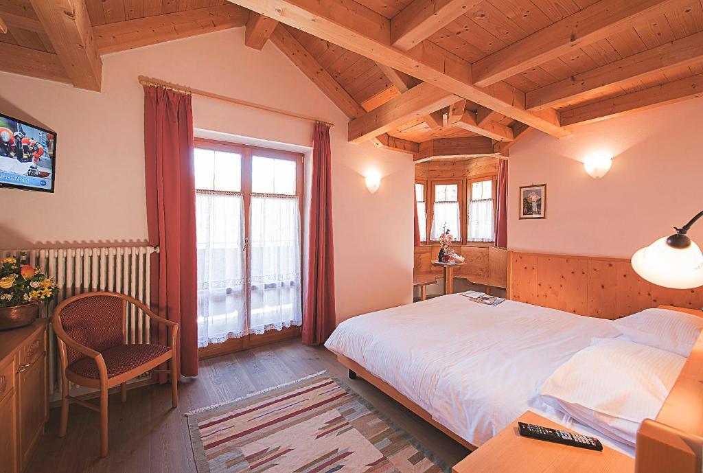 Hotel waldheim belvedere brixen book your hotel with for Design hotel brixen