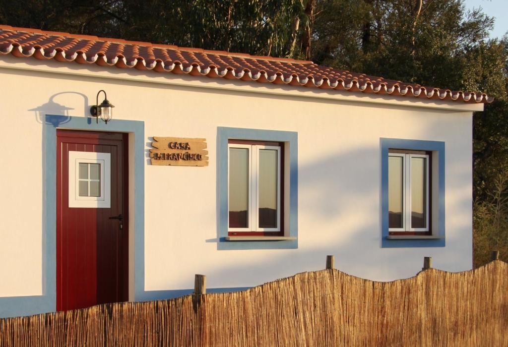 Casas rurales bio oasis de monsaraz casas rurales - Casas rurales portugal ...