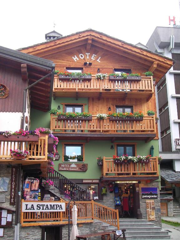 hotel meubl gorret valtournenche book your hotel with