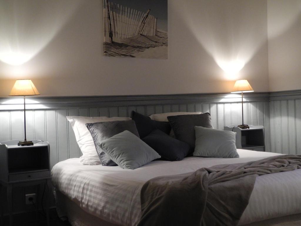 chambres d 39 h tes un balcon sur la mer chambres d 39 h tes roscoff. Black Bedroom Furniture Sets. Home Design Ideas