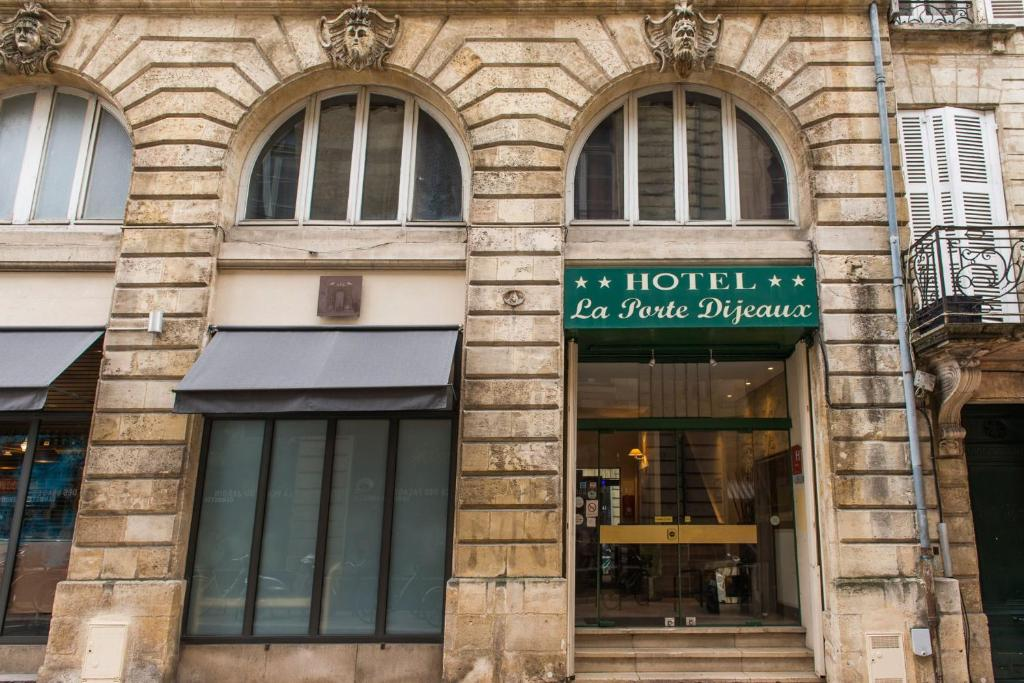 Hotel la porte dijeaux bordeaux online booking for Hotels near la porte