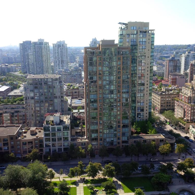 Apartment City View Yaletown Studio, Vancouver, Canada