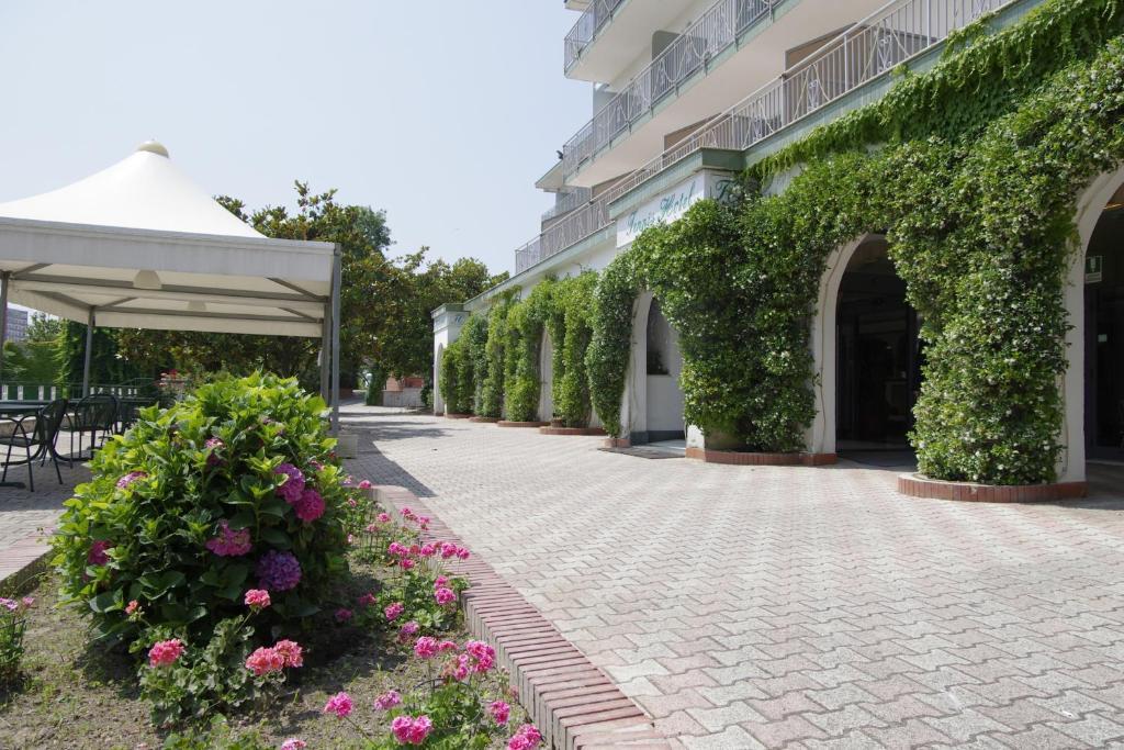 Hotel Napoli Centro Con Parcheggio Gratuito