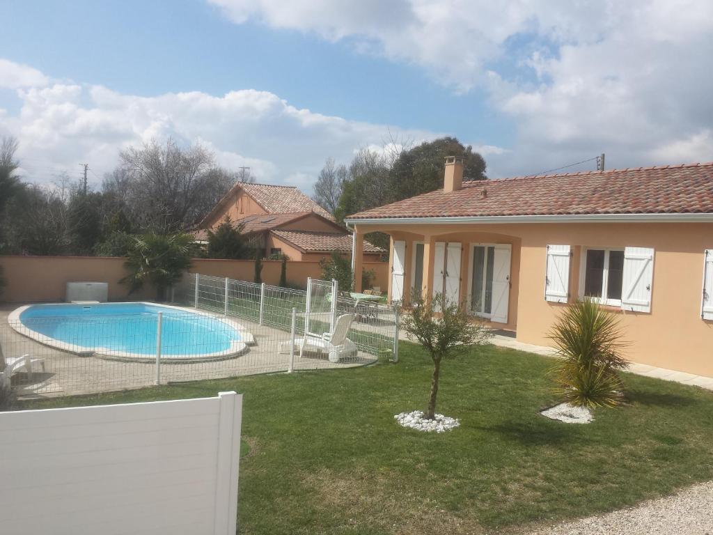 Villa maison toulouse avec piscine france aucamville for Maison aucamville