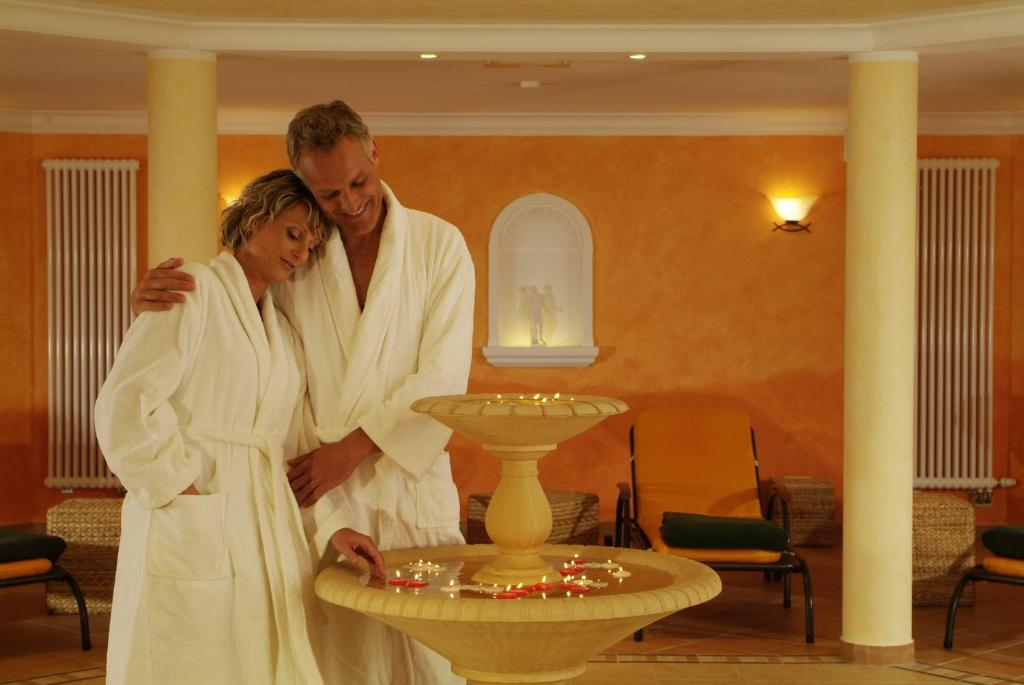 ringhotel hotel zum stein r servation gratuite sur viamichelin. Black Bedroom Furniture Sets. Home Design Ideas