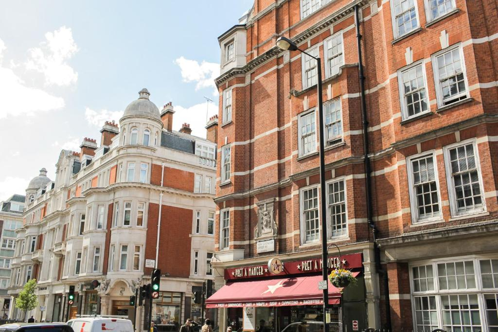 New cavendish apartment london book your hotel with for London appart hotel