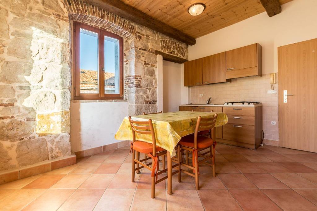 Apartments Vesna Hotel - room photo 2131104