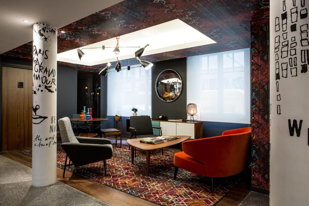 le g n ral h tel parigi prenotazione on line viamichelin. Black Bedroom Furniture Sets. Home Design Ideas