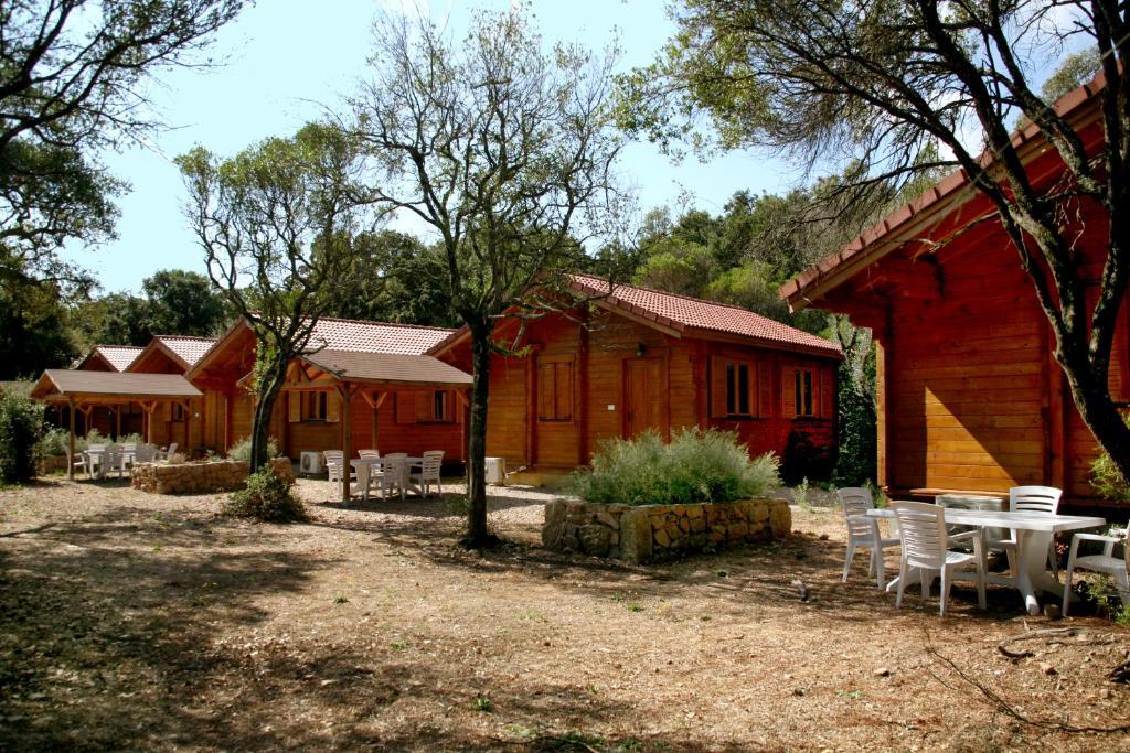 camping u stabiacciu locations de vacances porto vecchio. Black Bedroom Furniture Sets. Home Design Ideas