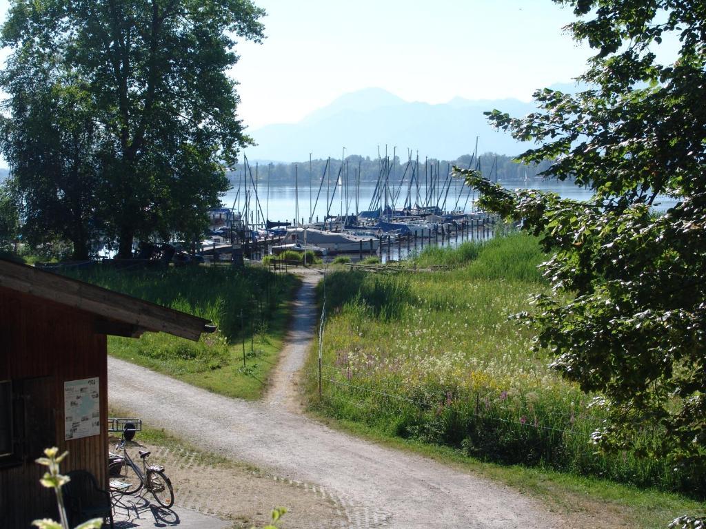 Hotel Zum Fischer Am See In Prien