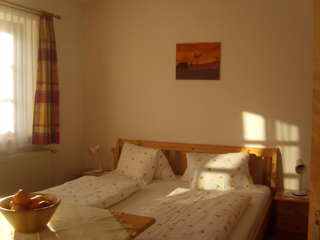 guggenbergerhof lienz informationen und buchungen. Black Bedroom Furniture Sets. Home Design Ideas