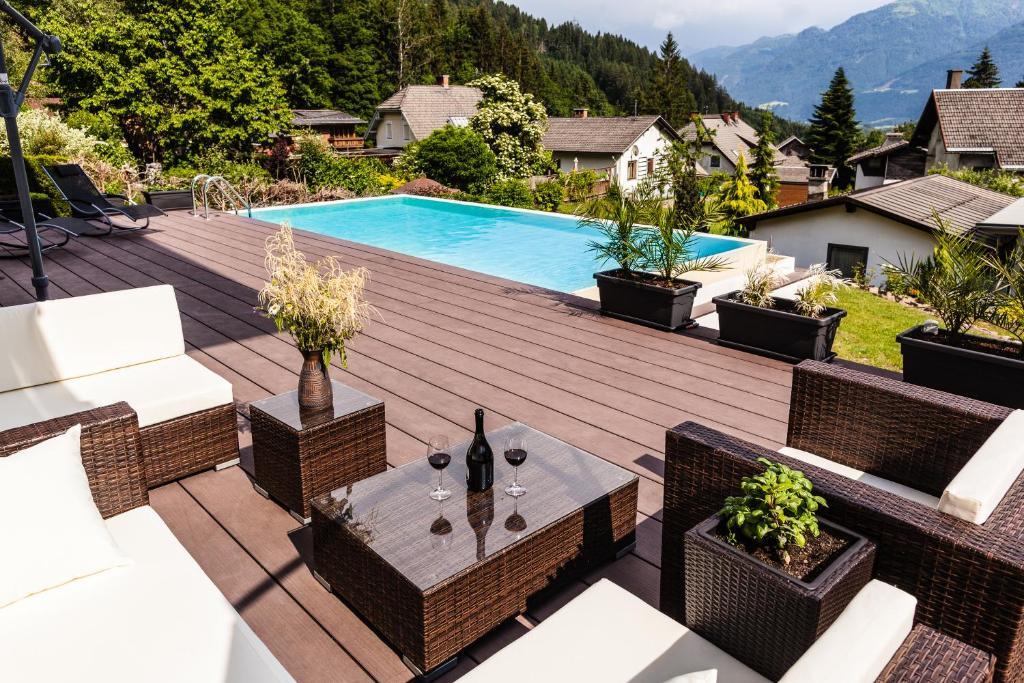 haus sieben singer lydia steinfeld reserva tu hotel con viamichelin. Black Bedroom Furniture Sets. Home Design Ideas