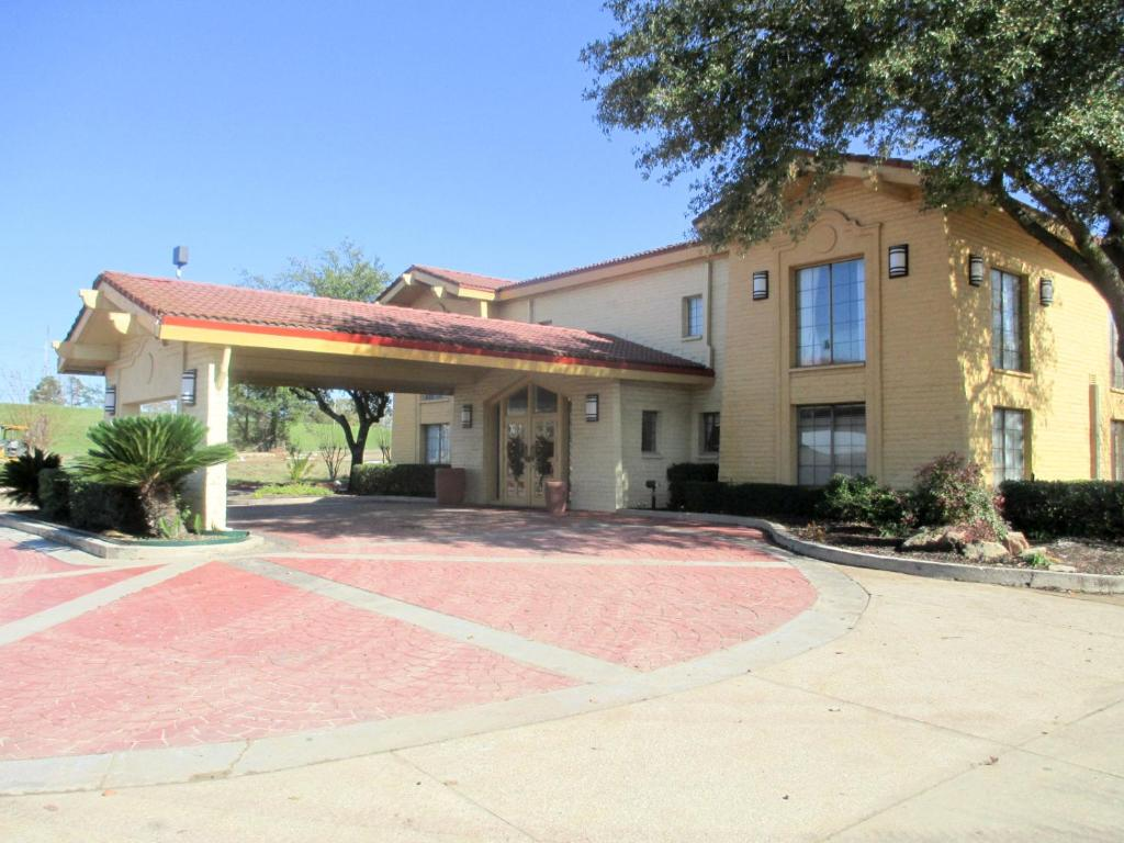 Motel 6 nacogdoches r servation gratuite sur viamichelin for Reservation motel