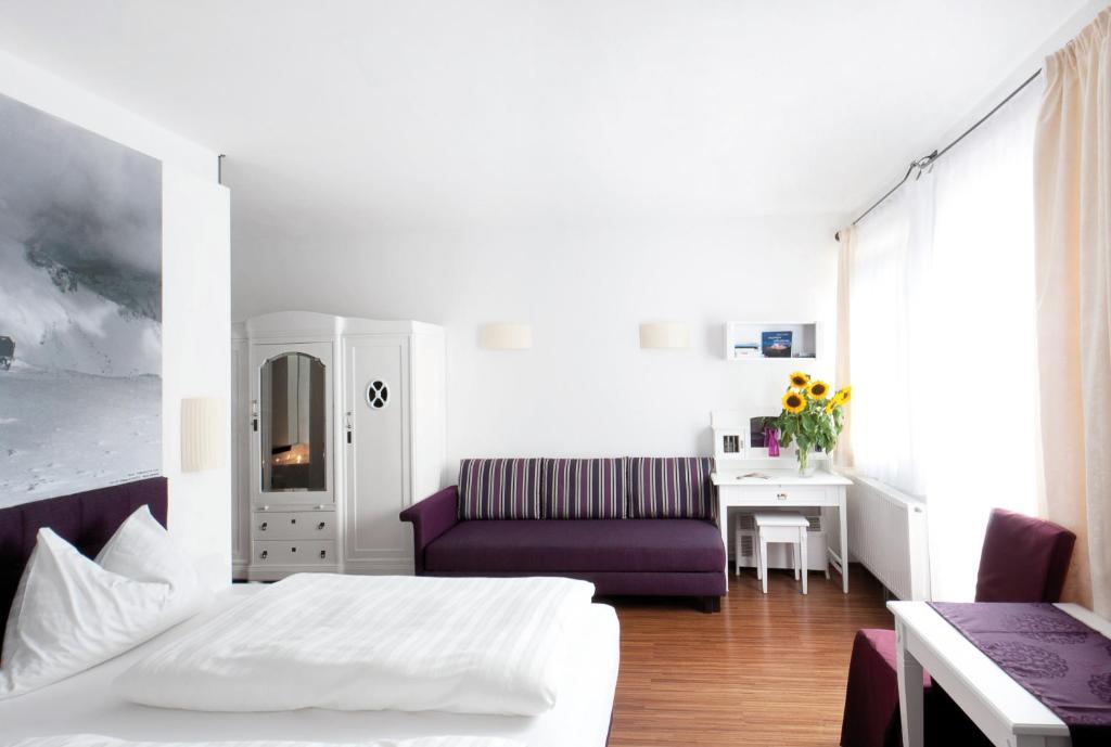 Hotel payerbacherhof r servation gratuite sur viamichelin for Reserver hotel et payer sur place
