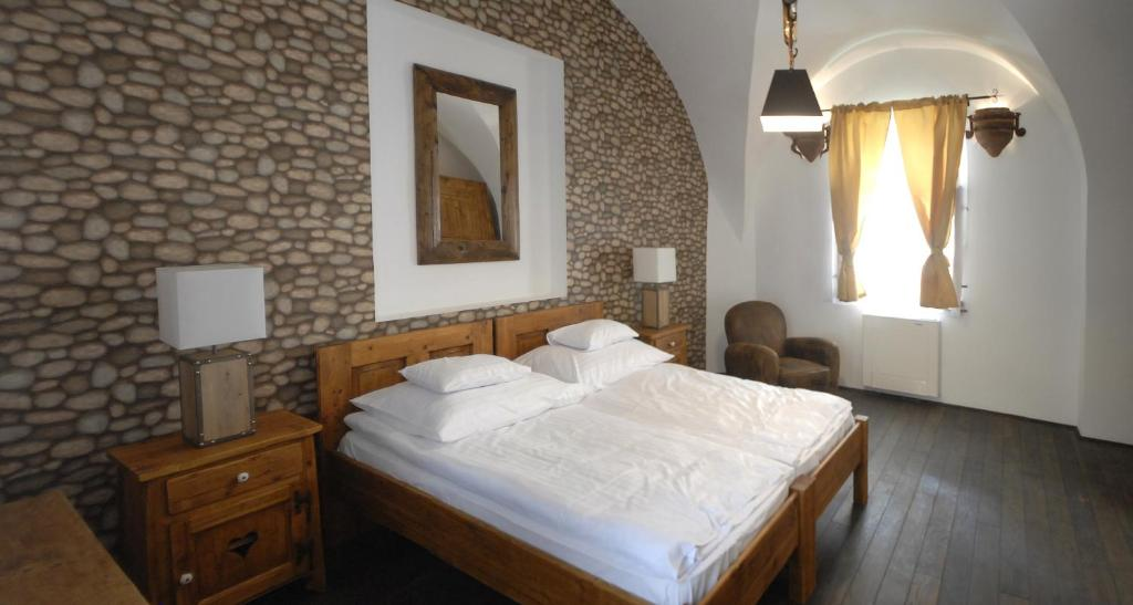 Boutique hotel r gi posta debrecen informationen und for Design hotel 1690