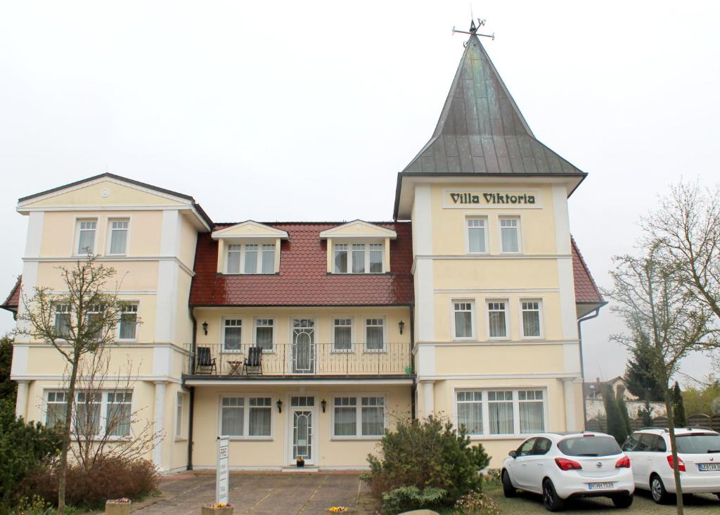 villa viktoria auf usedom zinnowitz book your hotel. Black Bedroom Furniture Sets. Home Design Ideas