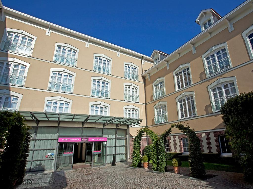 Mercure troyes centre troyes online booking viamichelin for Hotels troyes