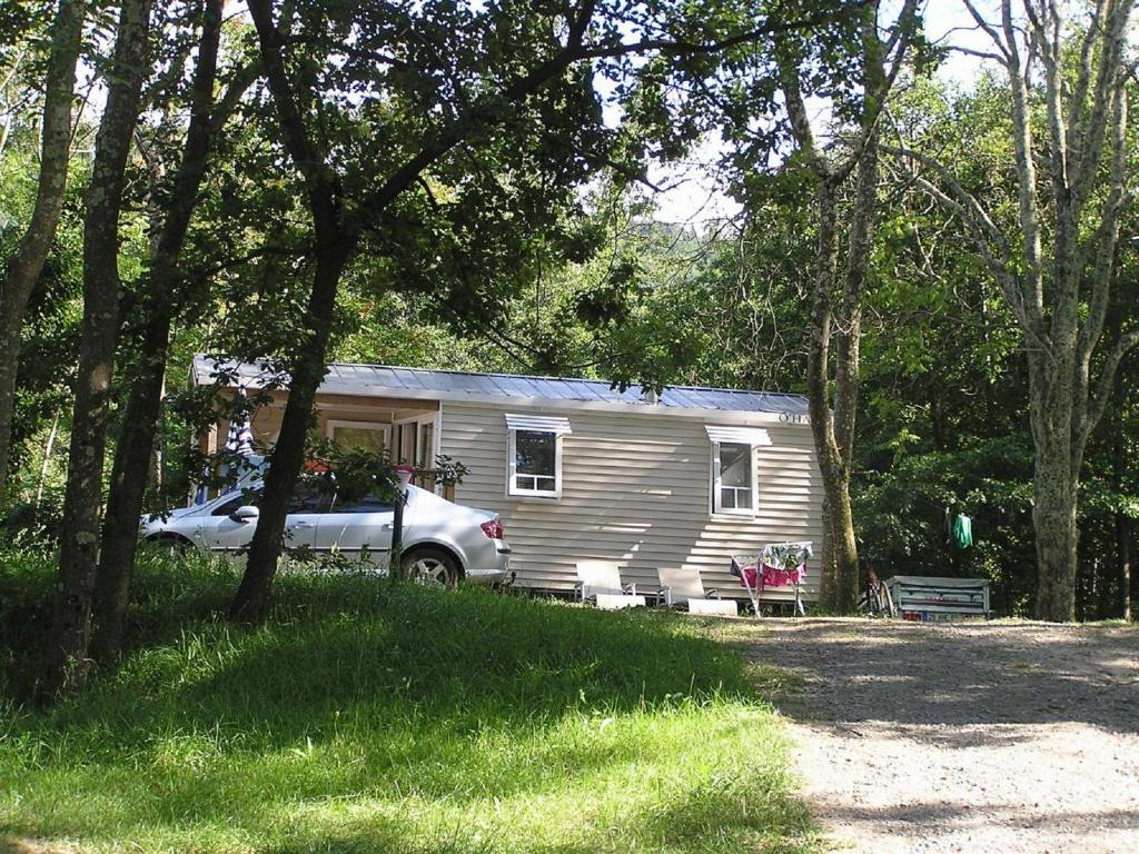 Camping chasselouve camping jaujac en ard che 07 for Camping montelimar piscine