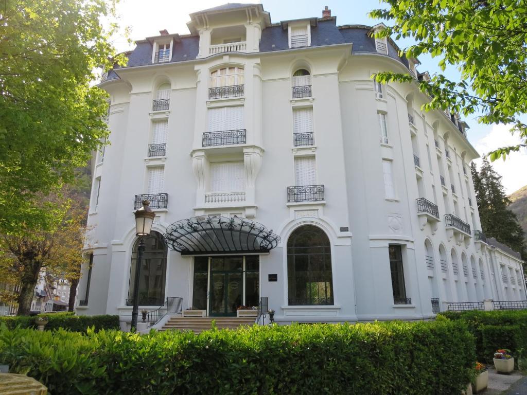 Appartements pyr n es palace appartements bagn res de for Appartement atypique haute garonne
