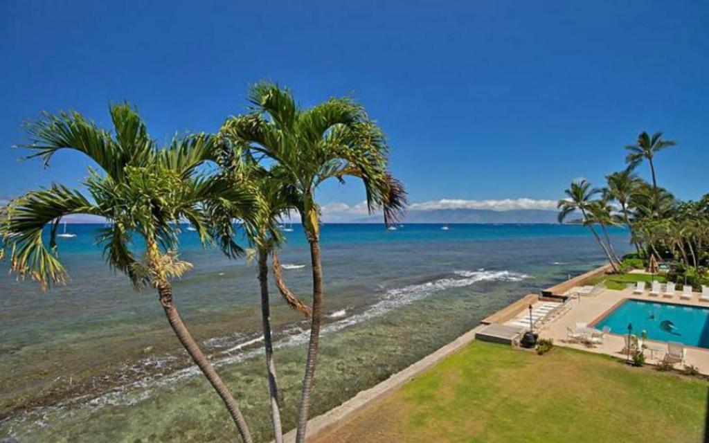Apartamento maui rainbows and waves eua lahaina for 7 piscinas sagradas maui