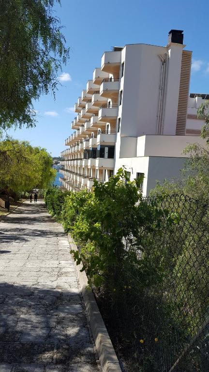Trh jard n del mar calvi book your hotel with viamichelin for Apart hotel jardin del mar