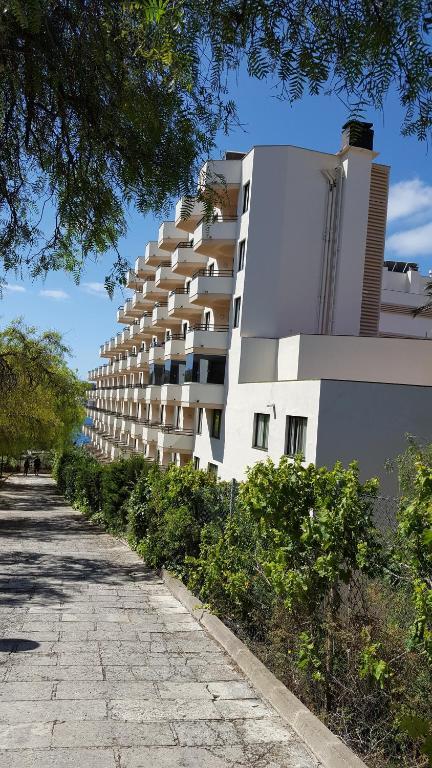 Trh jard n del mar r servation gratuite sur viamichelin for App hotel trh jardin del mar