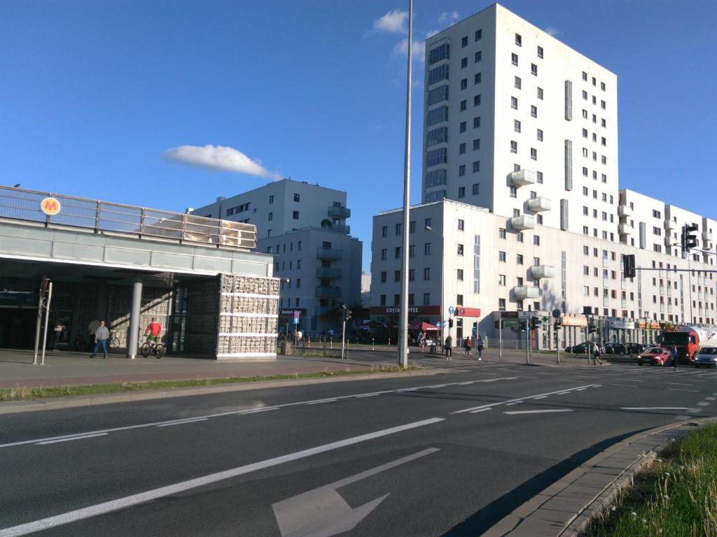 Apartamenty Metro Mlociny Warszawa Zobacz Oferte Opinie Gosci