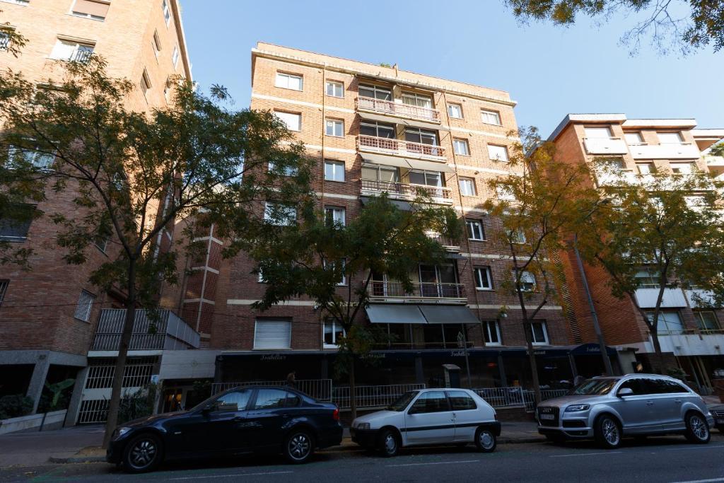 Apartamentos ganduxer barcelona viamichelin informatie en online reserveren - Apartamentos en barcelona booking ...