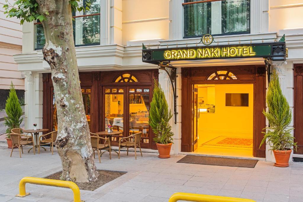 Grand naki hotel estambul reserva tu hotel con viamichelin for Grand naki hotel