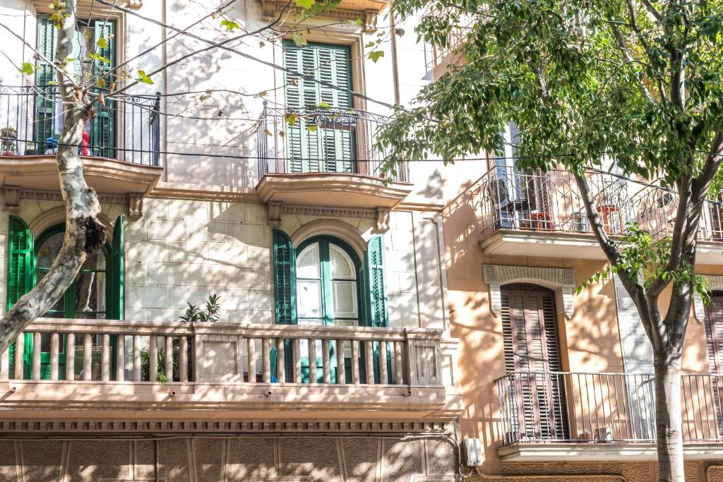Chambres d 39 h tes hostel turistic castell chambres d 39 h tes - Chambre d hote barcelone centre ...