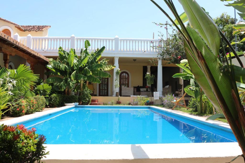 Villa colonial de lujo granada nicaragua for Booking hoteles de lujo