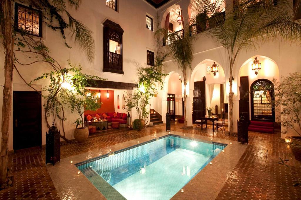 Riad assouel chambres d 39 h tes marrakech for Riad marrakech piscine