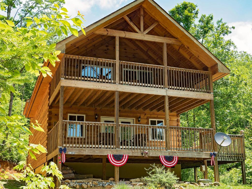 Vacation Home Log Cabin In Smoky Mountains Sevierville