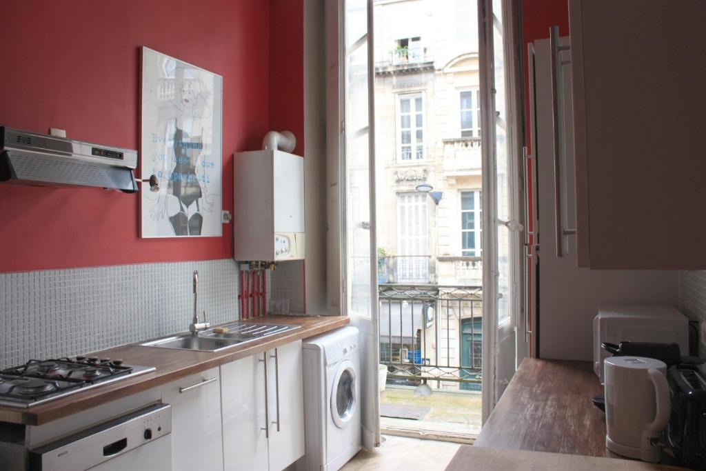 Appartement le bordelais locations de vacances bordeaux - Ustensiles de cuisine bordeaux ...