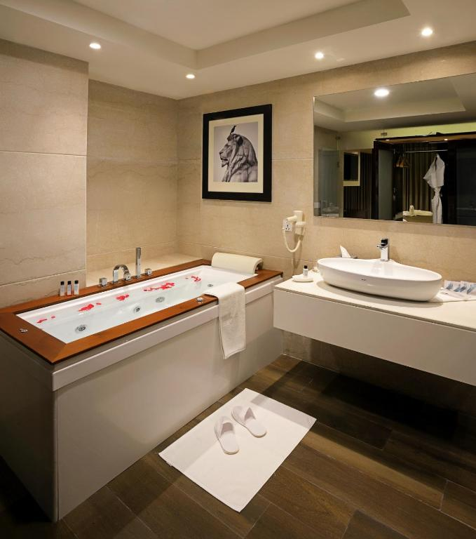 itc sonar kolkata a luxury collection hotel object object book your hotel with viamichelin - Bathroom Cabinets Kolkata